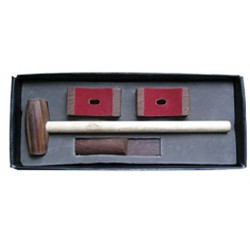 Mounting kit with a hammer